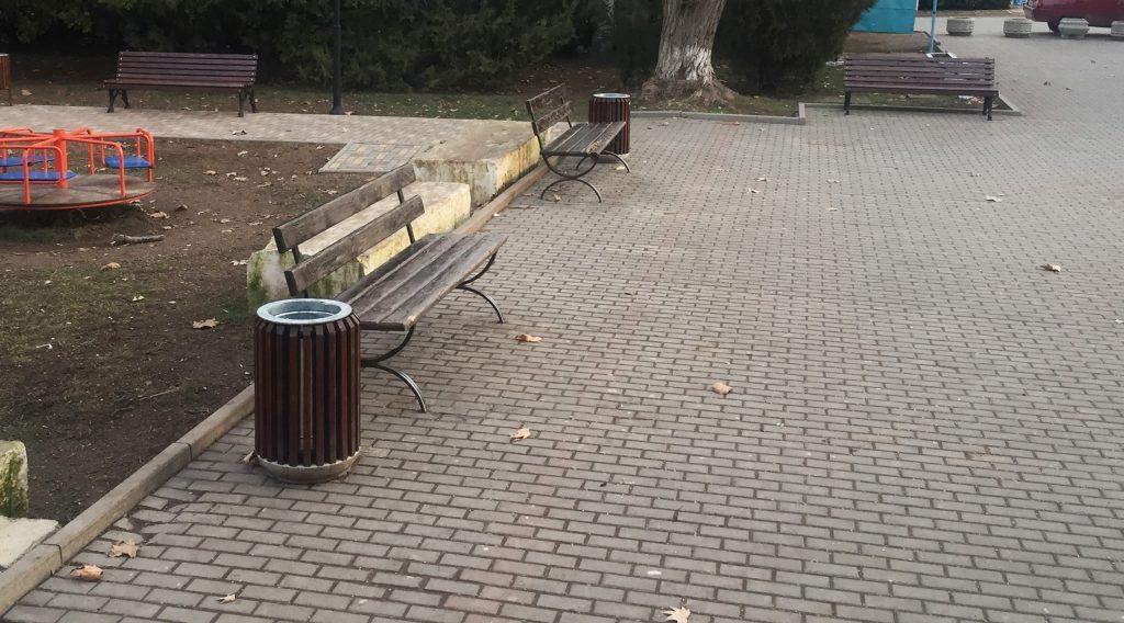 благоустройство сквера возле Дома культуры (ул.Ленина, 65)